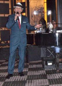 Frank Sinatra Lives!